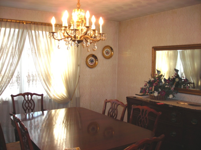 Update to the dining room for Updating a traditional dining room